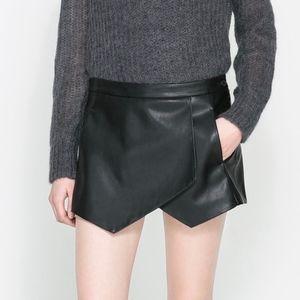 Zara Faux Vegan Leather Skort Shorts Skirt